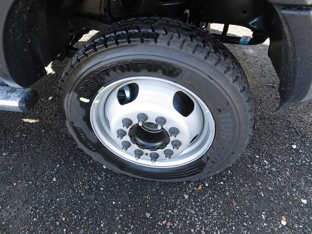 2017 Ram 5500 Regular Cab DRW 4x4, Cab Chassis #591433 - photo 5