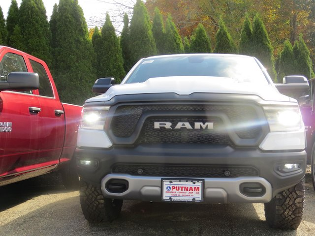 2019 Ram 1500 Crew Cab 4x4,  Pickup #630554 - photo 24
