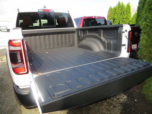 2019 Ram 1500 Crew Cab 4x4,  Pickup #630554 - photo 26