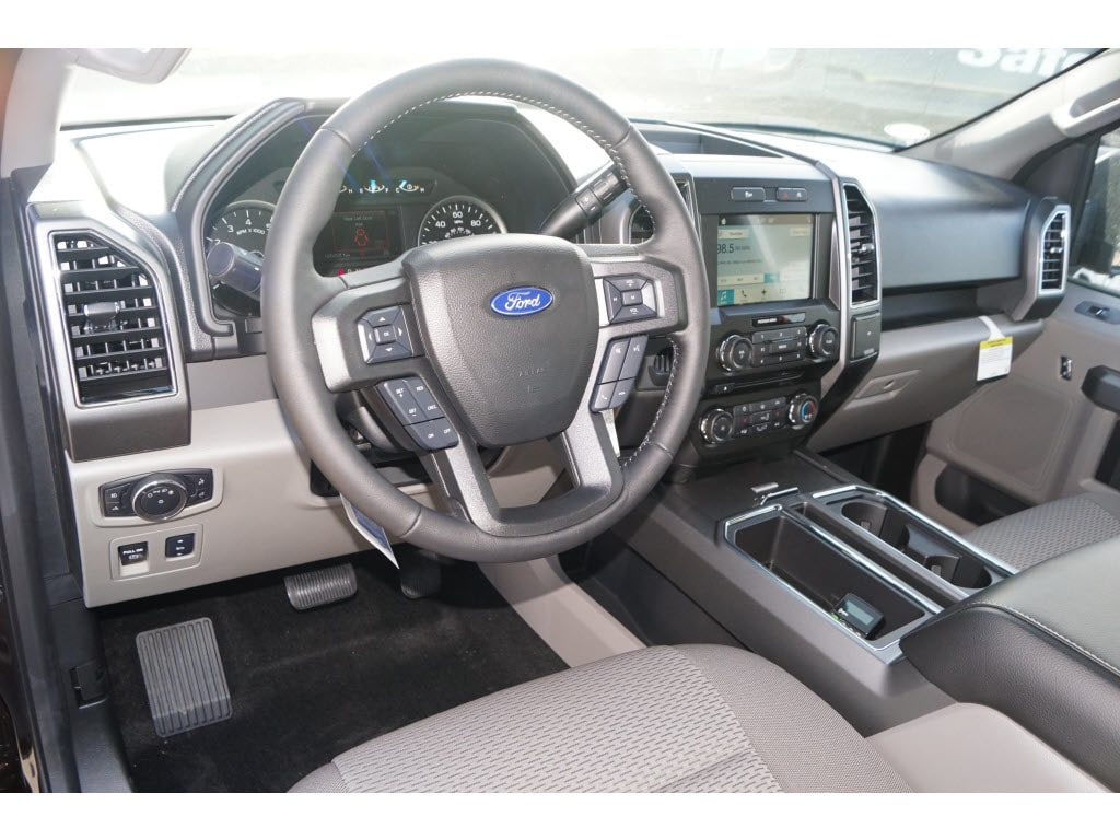 2018 F-150 Super Cab 4x2,  Pickup #79391 - photo 3