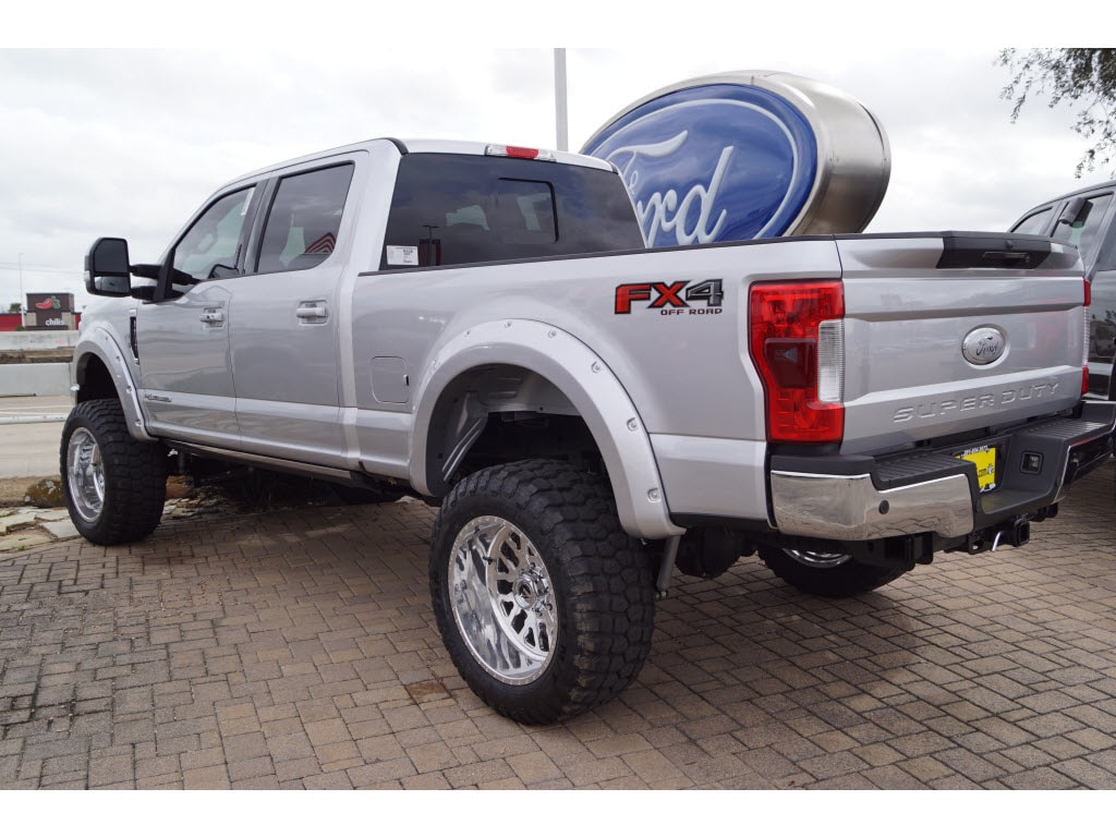 2018 F-250 Crew Cab 4x4, Pickup #79449 - photo 2