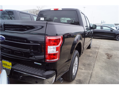 2018 F-150 SuperCrew Cab 4x2,  Pickup #79454 - photo 2