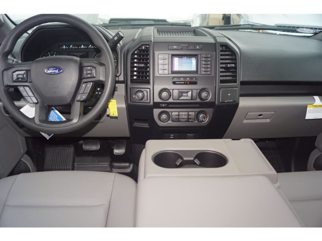 2018 F-150 SuperCrew Cab 4x2,  Pickup #79961 - photo 3