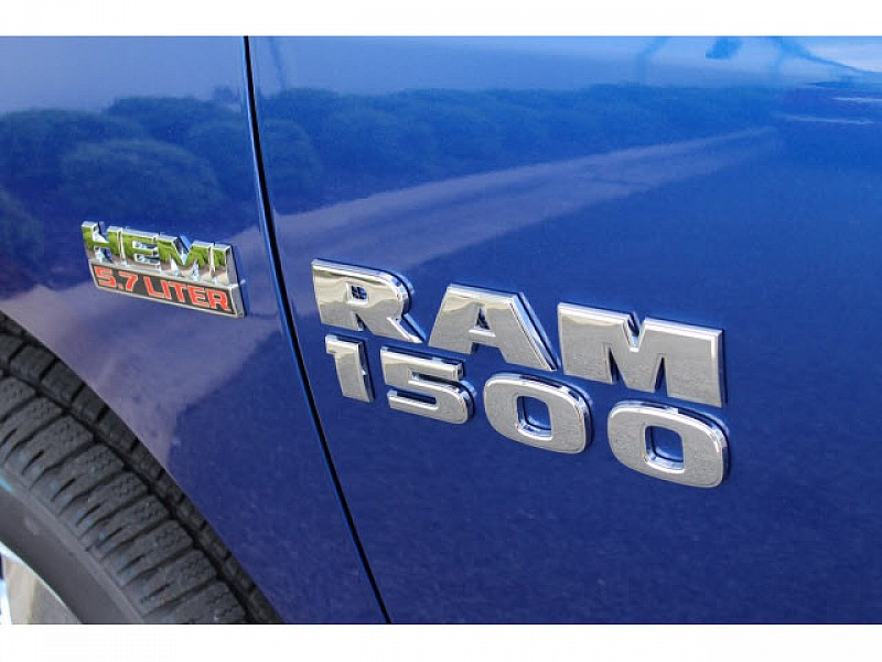 2017 Ram 1500 Crew Cab 4x4, Pickup #61053 - photo 8
