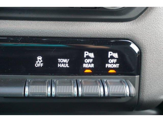 2019 Ram 1500 Crew Cab 4x2,  Pickup #61850 - photo 8