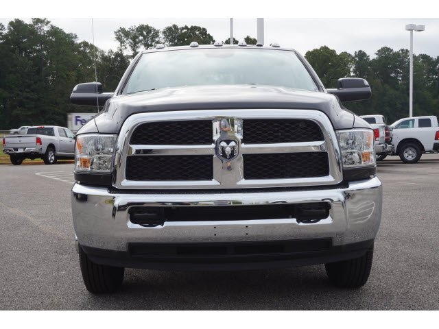 2018 Ram 3500 Crew Cab DRW 4x4,  Pickup #61928 - photo 20
