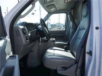2018 E-450 4x2,  Rockport Cutaway Van #11855 - photo 7