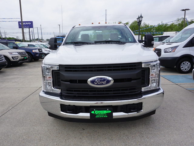 2018 F-250 Regular Cab 4x2,  Reading Service Body #11871 - photo 3