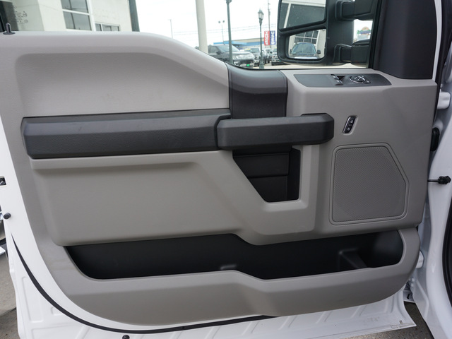 2018 F-250 Regular Cab 4x2,  Reading Service Body #11871 - photo 7