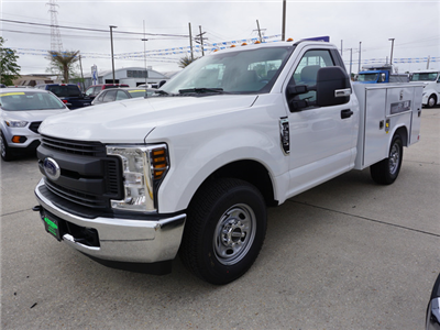 2018 F-250 Regular Cab 4x2,  Reading SL Service Body #11871 - photo 4