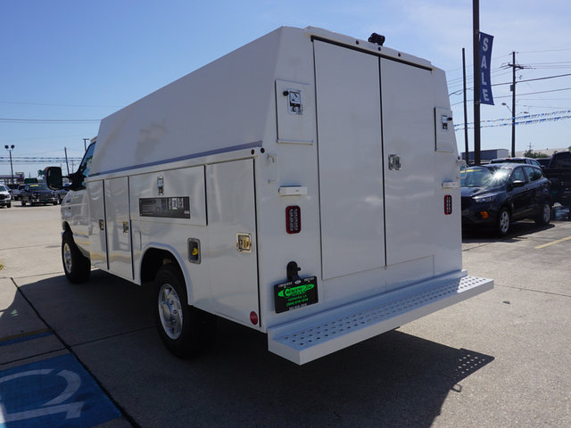 2018 E-350, Reading Service Utility Van #11888 - photo 2