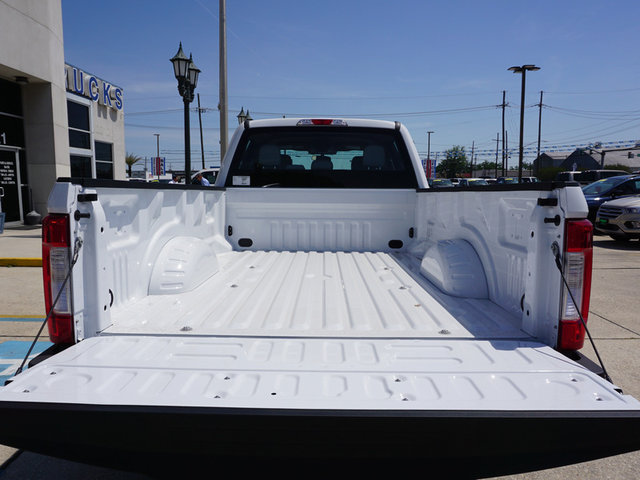 2018 F-250 Crew Cab 4x2,  Pickup #11931 - photo 6