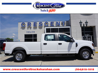 2018 F-250 Crew Cab 4x2,  Pickup #11931 - photo 1