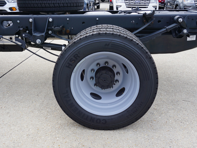 2018 F-450 Regular Cab DRW 4x2,  Cab Chassis #12006 - photo 4