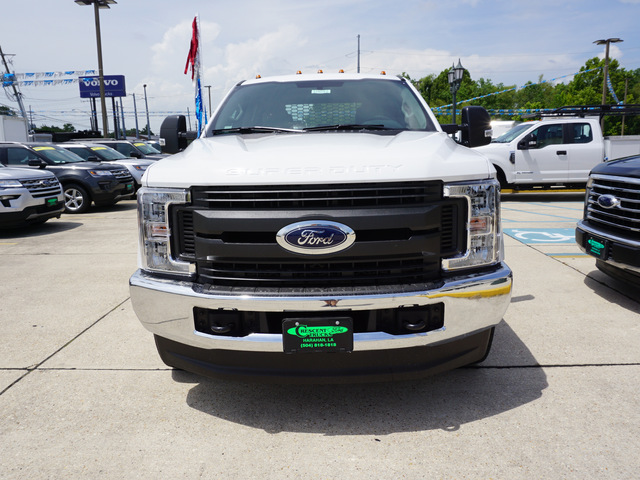 2018 F-350 Crew Cab DRW 4x4,  Knapheide Platform Body #12016 - photo 3