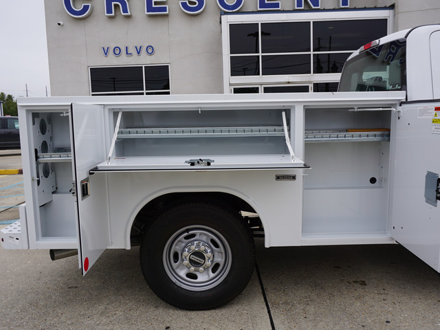 2019 F-250 Crew Cab 4x2,  Reading Service Body #12094 - photo 5