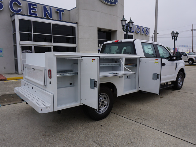 2019 F-250 Crew Cab 4x2,  Reading Service Body #12094 - photo 2
