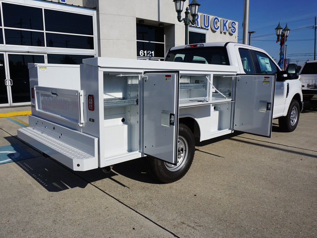 2019 F-250 Super Cab 4x2,  Reading Service Body #12099 - photo 2