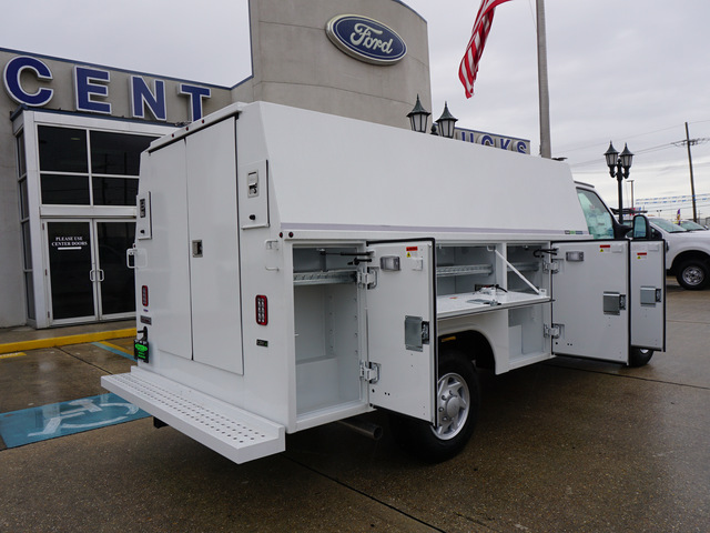 2018 E-350 4x2,  Reading Aluminum CSV Service Utility Van #12134 - photo 2