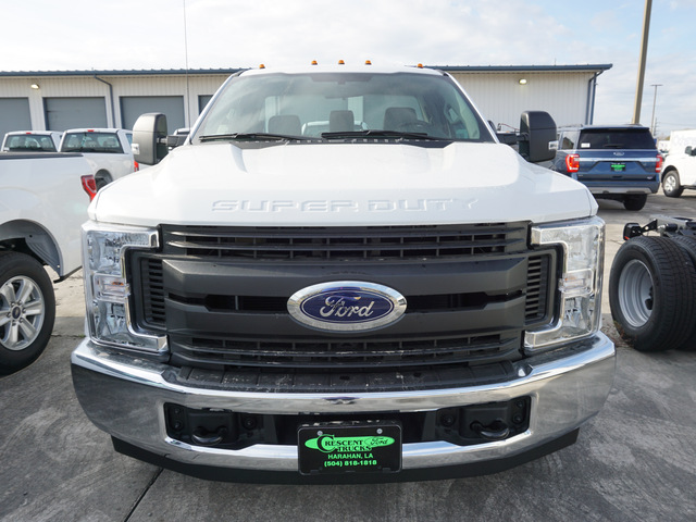 2019 F-350 Regular Cab DRW 4x2,  Cab Chassis #12164 - photo 3