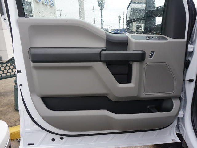 2019 F-550 Regular Cab DRW 4x2,  Cab Chassis #12201 - photo 6