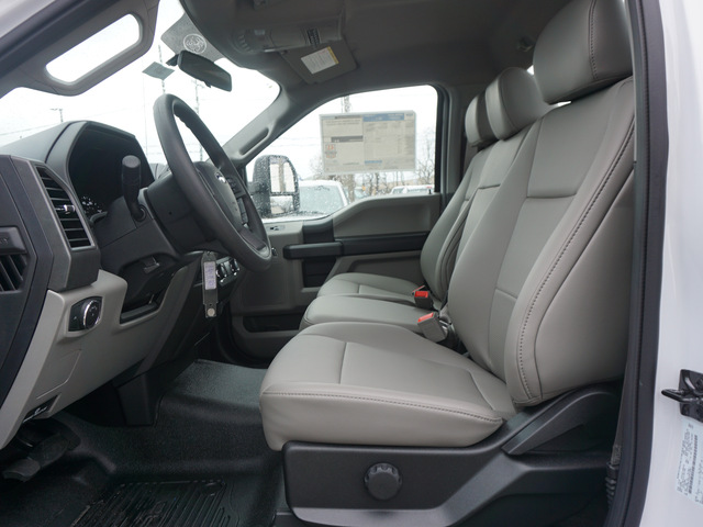 2019 F-550 Regular Cab DRW 4x2,  Cab Chassis #12201 - photo 7