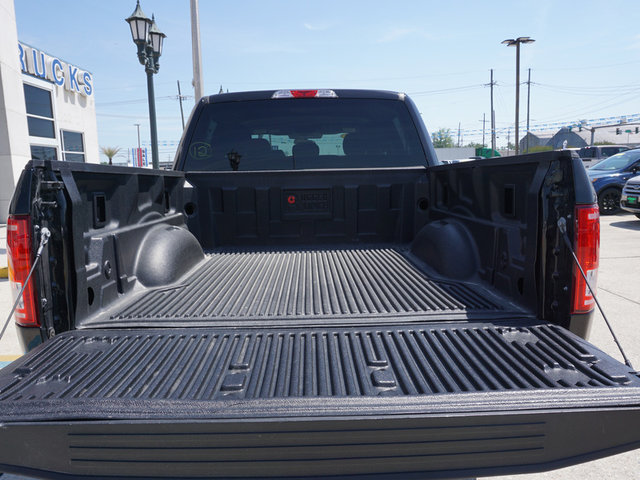 2017 F-150 SuperCrew Cab 4x2,  Pickup #4439 - photo 5