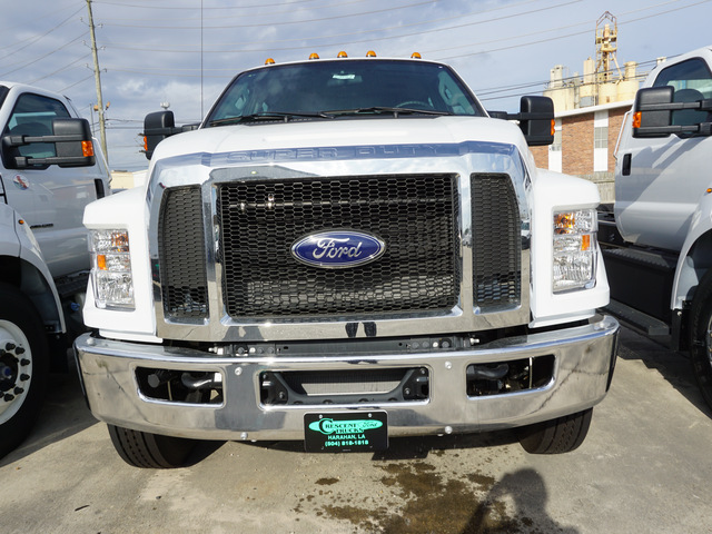 2019 F-750 Crew Cab DRW 4x2,  Cab Chassis #5476 - photo 4