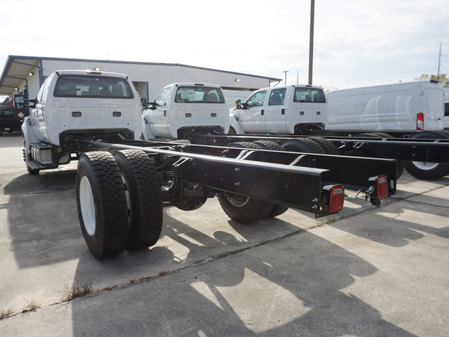 2019 F-750 Crew Cab DRW 4x2,  Cab Chassis #5476 - photo 3