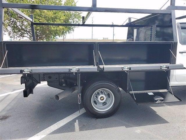 2021 Chevrolet Silverado 3500 Crew Cab 4x4, Contractor Body #9760 - photo 10