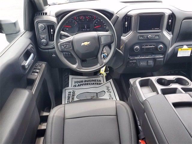 2021 Chevrolet Silverado 3500 Crew Cab 4x4, Contractor Body #9760 - photo 13