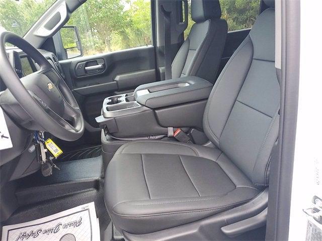 2021 Chevrolet Silverado 3500 Crew Cab 4x4, Contractor Body #9760 - photo 16