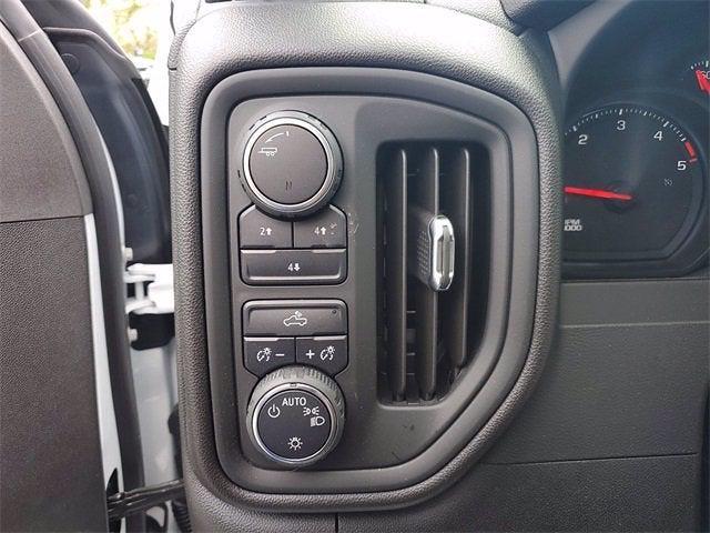 2021 Chevrolet Silverado 3500 Crew Cab 4x4, Contractor Body #9760 - photo 19