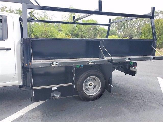 2021 Chevrolet Silverado 3500 Crew Cab 4x4, Contractor Body #9760 - photo 9