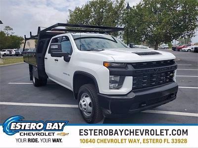 2021 Chevrolet Silverado 3500 Crew Cab 4x4, Contractor Body #9760 - photo 1