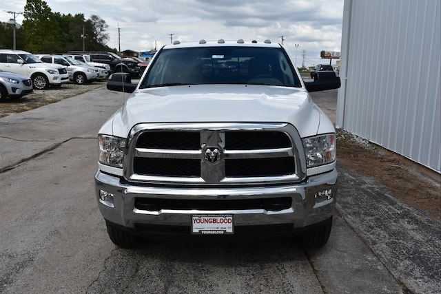 2017 Ram 3500 Crew Cab 4x4, Platform Body #21585 - photo 3