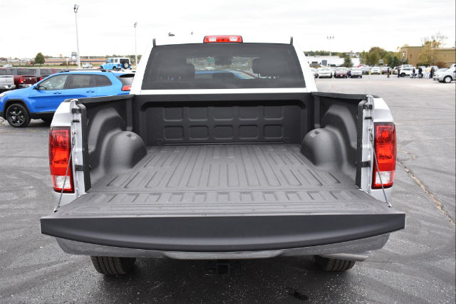 2018 Ram 1500 Crew Cab 4x4,  Pickup #21647 - photo 5