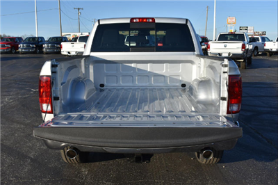 2018 Ram 1500 Crew Cab 4x4, Pickup #21748 - photo 5