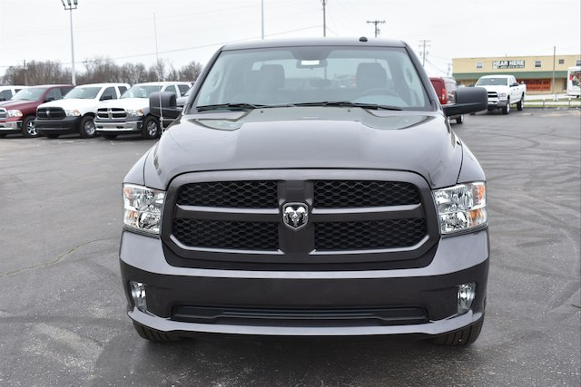 2018 Ram 1500 Crew Cab 4x4, Pickup #22081 - photo 3