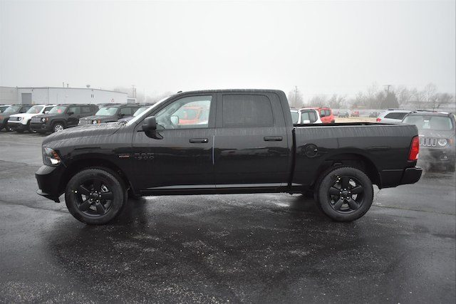 2018 Ram 1500 Crew Cab 4x4, Pickup #22212 - photo 3