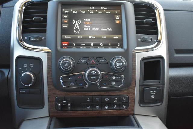 2018 Ram 2500 Crew Cab 4x4, Pickup #22280 - photo 10