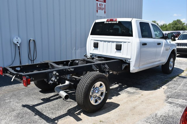 2018 Ram 3500 Crew Cab 4x4,  Cab Chassis #22661 - photo 4