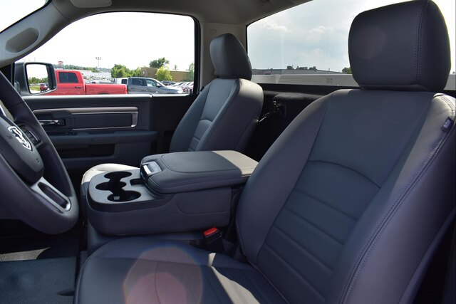 2018 Ram 2500 Regular Cab 4x2,  Reading SL Service Body #22836 - photo 7