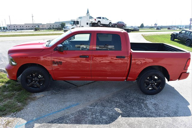 2019 Ram 1500 Crew Cab 4x4,  Pickup #22848 - photo 4