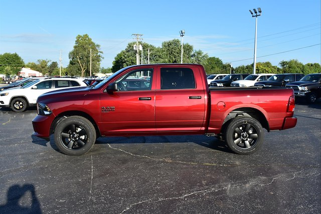 2019 Ram 1500 Crew Cab 4x4,  Pickup #22867 - photo 3