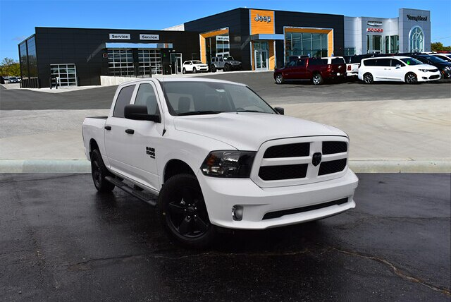 2019 Ram 1500 Crew Cab 4x4,  Pickup #22888 - photo 4