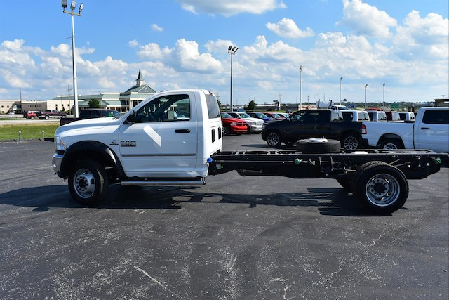 2018 Ram 5500 Regular Cab DRW 4x4,  Cab Chassis #22900 - photo 4