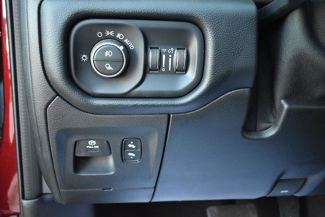 2019 Ram 1500 Crew Cab 4x4,  Pickup #22961 - photo 7