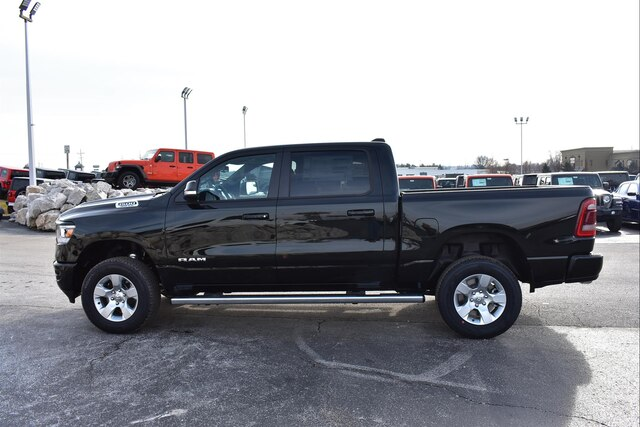 2019 Ram 1500 Crew Cab 4x4,  Pickup #23148 - photo 4