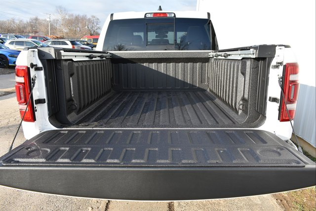 2019 Ram 1500 Crew Cab 4x4,  Pickup #23318 - photo 5